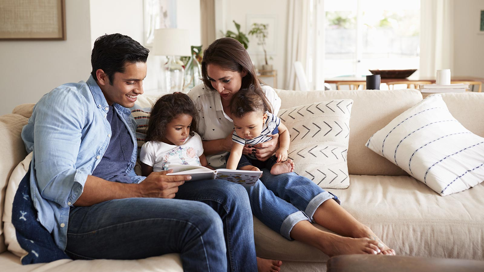 Family reading a books
